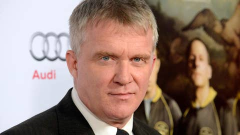 Anthony Michael Hall pleads no contest to assault charge