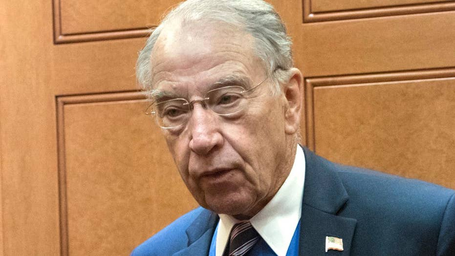 Grassley asks FBI if they tried to warn Trump about Russia