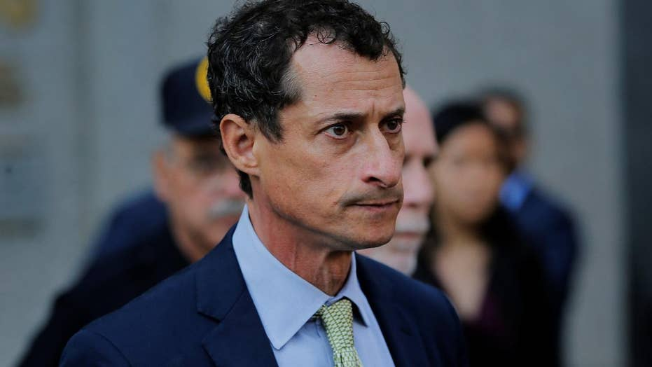 Anthony Weiner sentenced to 21 months in jail