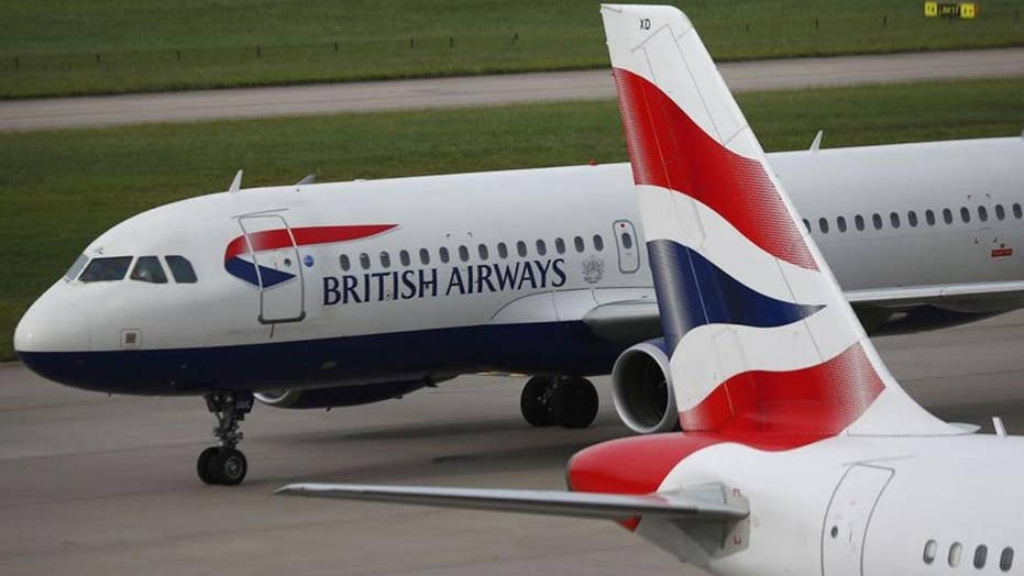 Global software glitch causes delays at airports worldwide