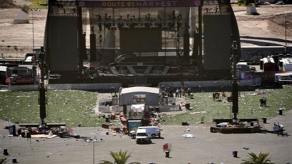 Las Vegas massacre death toll climbs as police seek motive