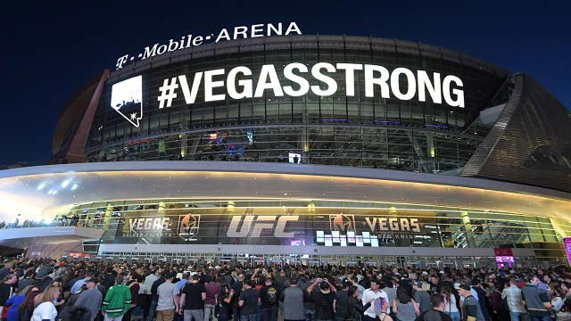 Golden Knights honor Vegas shooting victims at home opener