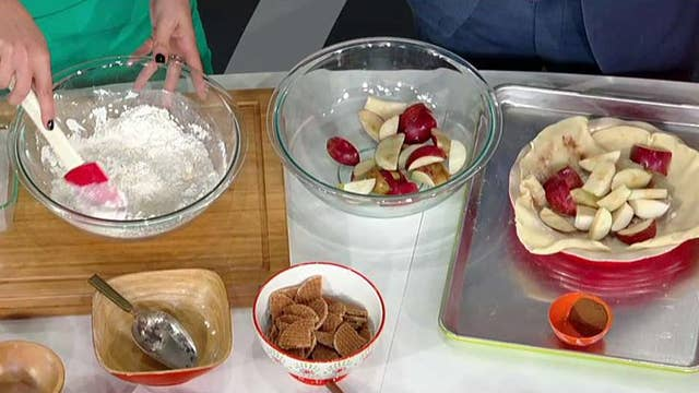 Cooking with 'Friends': 'Fox & Friends First' bake-off