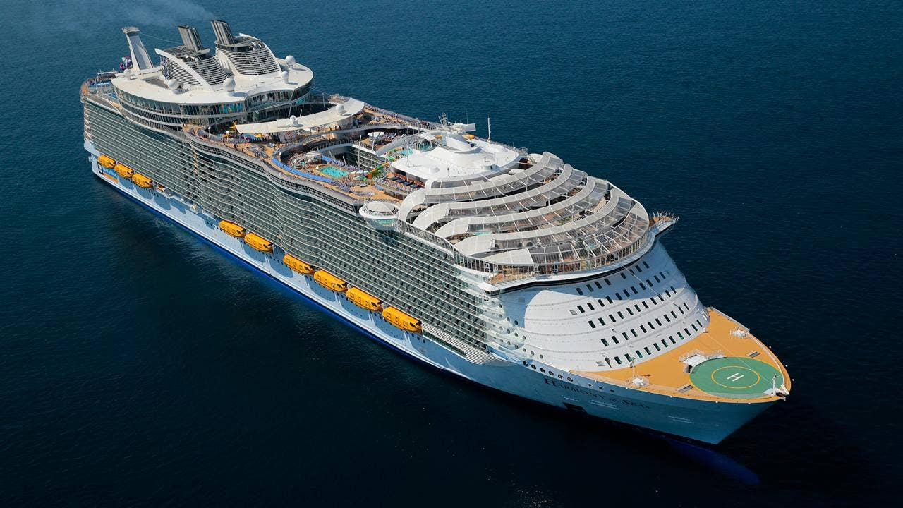 world s largest cruise ship to feature seven different
