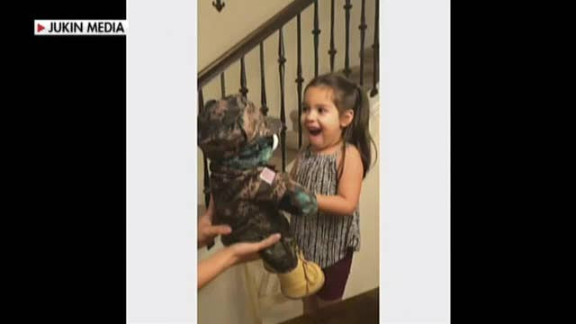 Little girl hears voice of deployed dad from teddy bear
