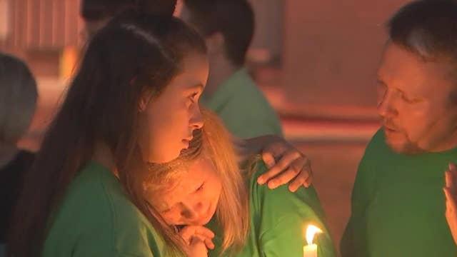 Vigil held in honor of Arizona kindergarten teacher