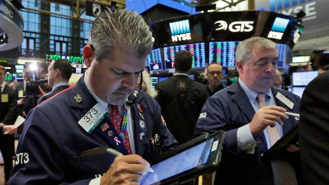 Stocks hit records 30 years after 'Black Monday' selloff