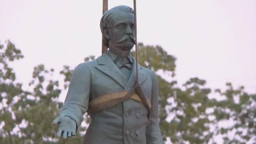Raw video: Monuments in Lexington taken down after permission was granted by Kentucky Attorney General Andy Beshear.