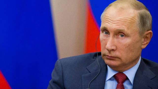 Lawyer: FBI informant blocked from talking Russia corruption