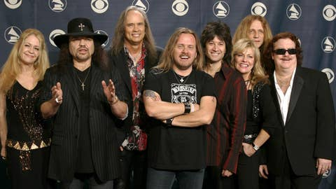 Lynyrd Skynyrd marks 40th anniversary of tragic plane crash