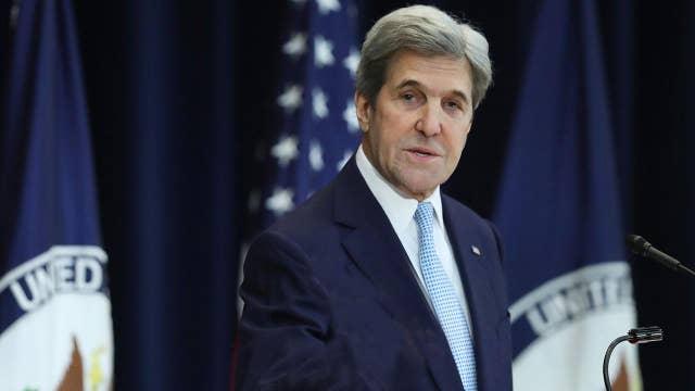 Kerry criticizes Trump's threats to North Korea, Iran