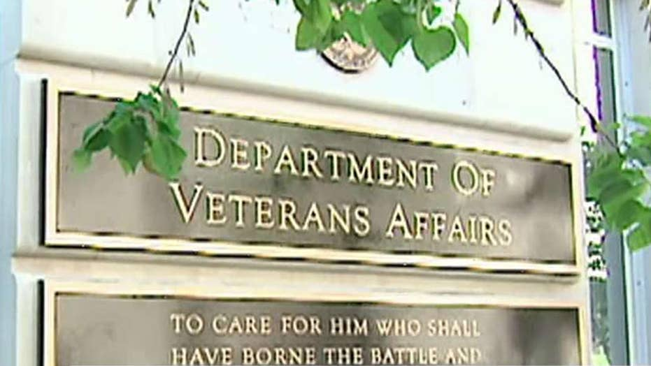 Report: Veteran died as nurse's aide played video games