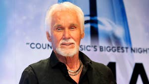 Fox411 Country: Kenny Rogers talks about his retirement from the music industry.