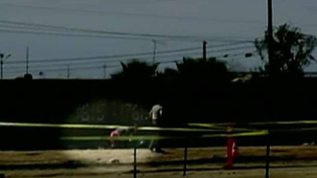 Illegals jump over border fence during MSNBC report