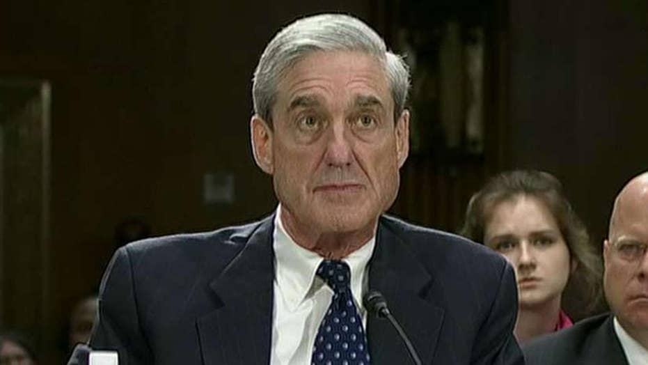 Reports: First charges approved in Mueller's Russia probe