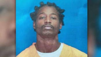 Homicide suspect Antoine Adams believed to be hiding near Memphis, Tennessee after escaping from Mississippi jail.
