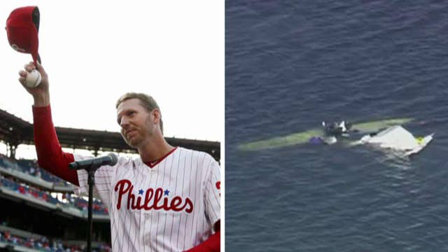 Former MLB star Roy Halladay killed in small plane crash