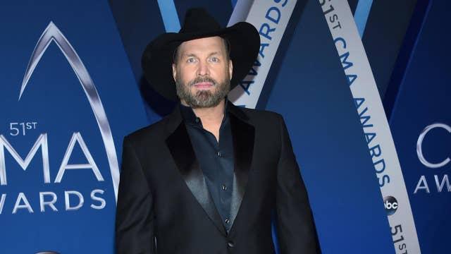 Garth Brooks admits he's 'nervous' at CMA Awards