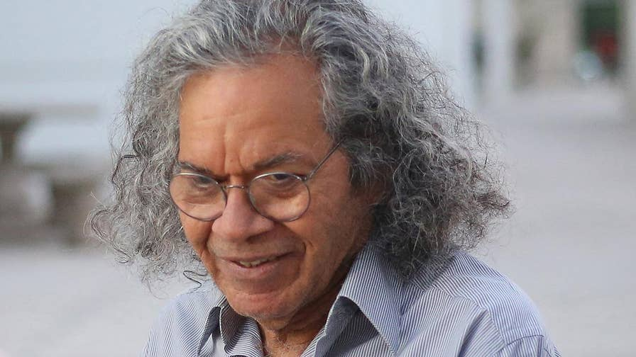 U.S. attorney's office says John Kapoor schemed to bribe doctors into prescribing his pain medication; Molly Line reports from Boston.