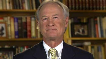 Lincoln Chafee on his decision to run for president as a Libertarian: 'Major parties have let us down'