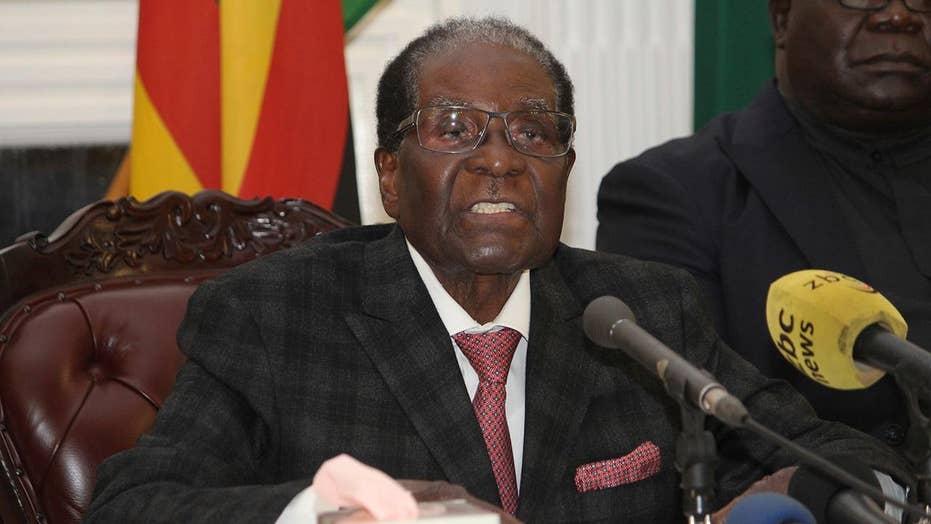 Zimbabwe president speaks, doesn't announce resignation