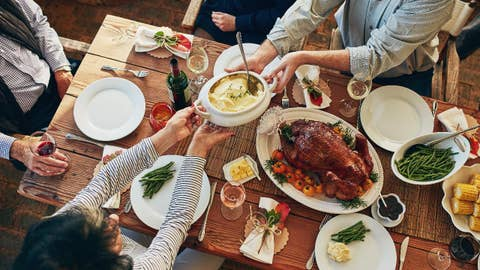 5 tips for saving calories on your Thanksgiving dinner