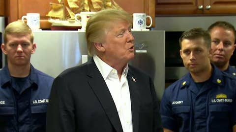 Trump makes Thanksgiving visit to Coast Guard station