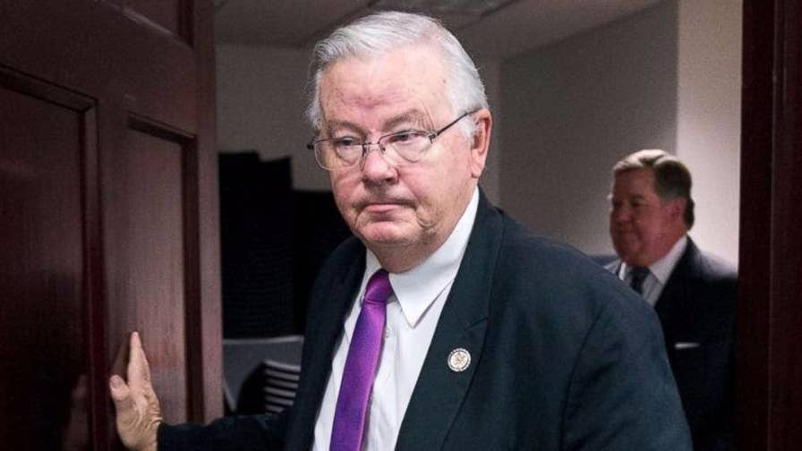Congressman Barton Lewd Photo >> GOP Rep. Barton announces retirement after more lewd messages surface | Fox News
