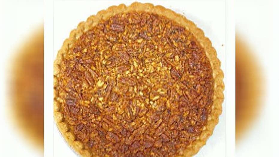 Sarah Sanders' holiday baking sparks 'piegate'