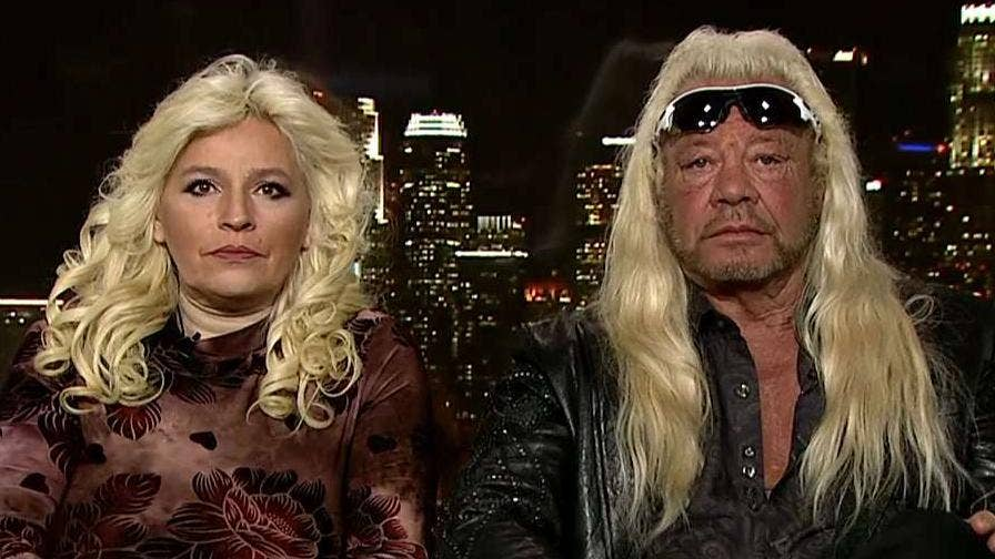 dog the bounty hunter and wife beth chapman getting a tan
