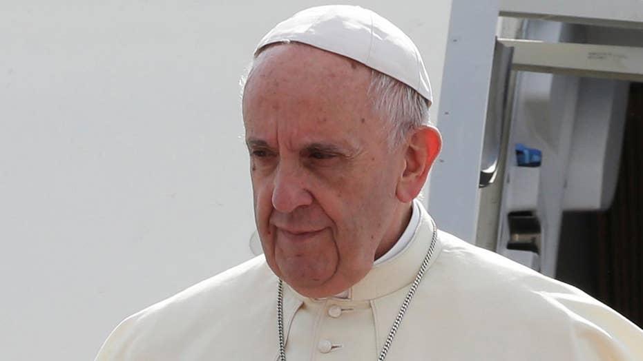 Pope Francis facing diplomatic test during Burma visit
