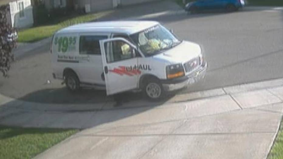 Amazon delivery driver defecates in gutter in front of house