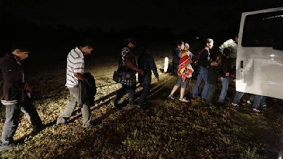 Bill cracks down on officials who help illegal immigrants