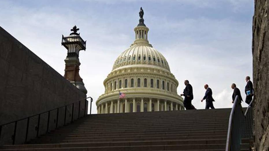 New shutdown deadline looms as Dems push fight over dreamers