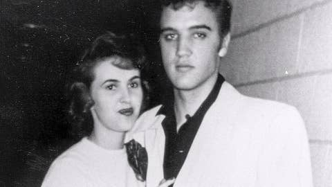 Wanda Jackson dishes on Elvis Presley romance