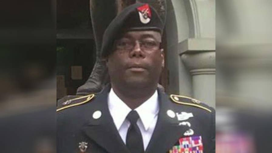 Military documents dispute Papotia Reginald Wright's claim that he was a 25-year Special Forces Green Beret with a Purple Heart.