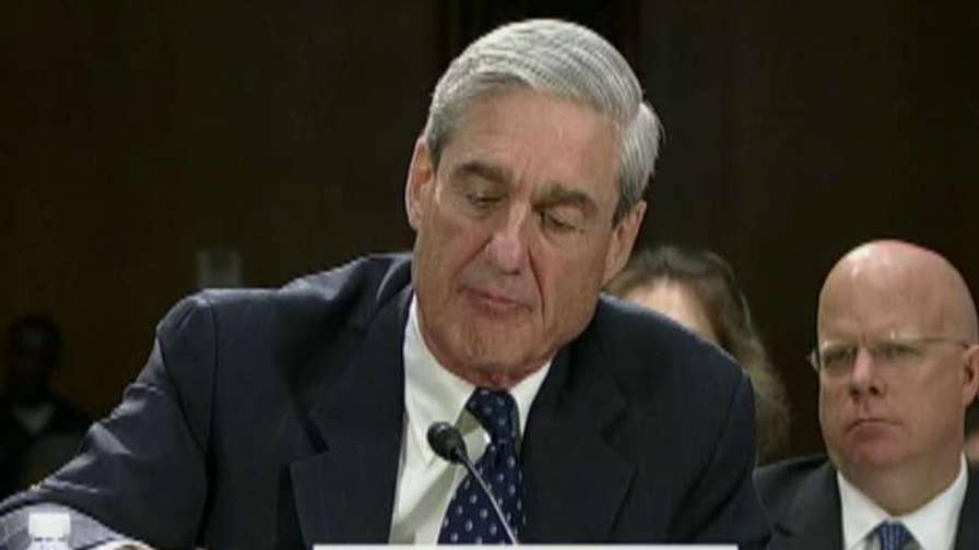 A lawyer for the Trump presidential transition team accuses the special counsel's office of inappropriate obtaining documents.