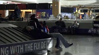 Former NYPD Detective Pat Brosnan weighs in on the chaos caused by a power outage at Hartsfield-Jackson Atlanta International Airport.