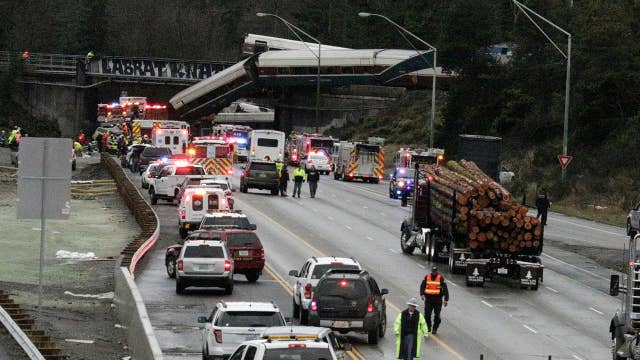 Official: At least six people killed in train derailment