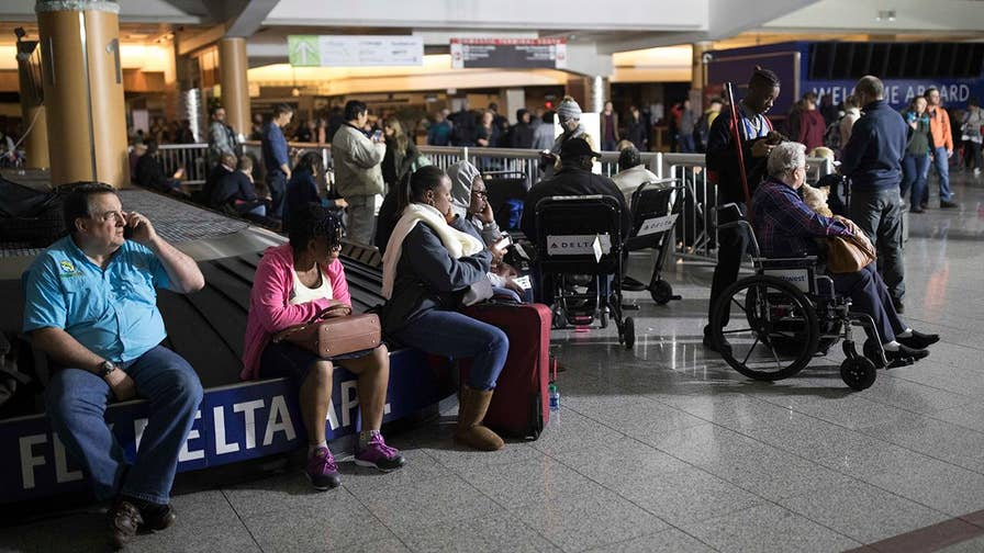 Jonathan Serrie reports after hundreds of flights were canceled at Hartsfield-Jackson Atlanta International Airport.