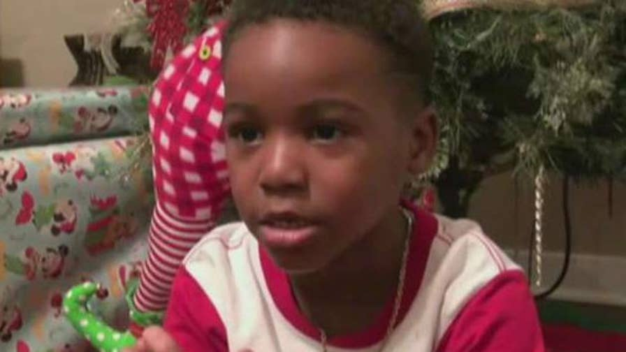 A 5-year-old boy in Mississippi called the police to report the Grinch, and officers helped him put the Christmas-hating character behind bars.