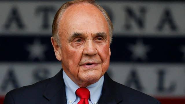 Legendary sportscaster Dick Enberg dead at 82