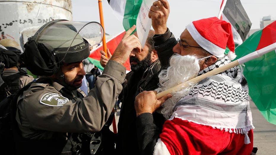 Palestinian protesters, Israeli troops clash in Bethlehem