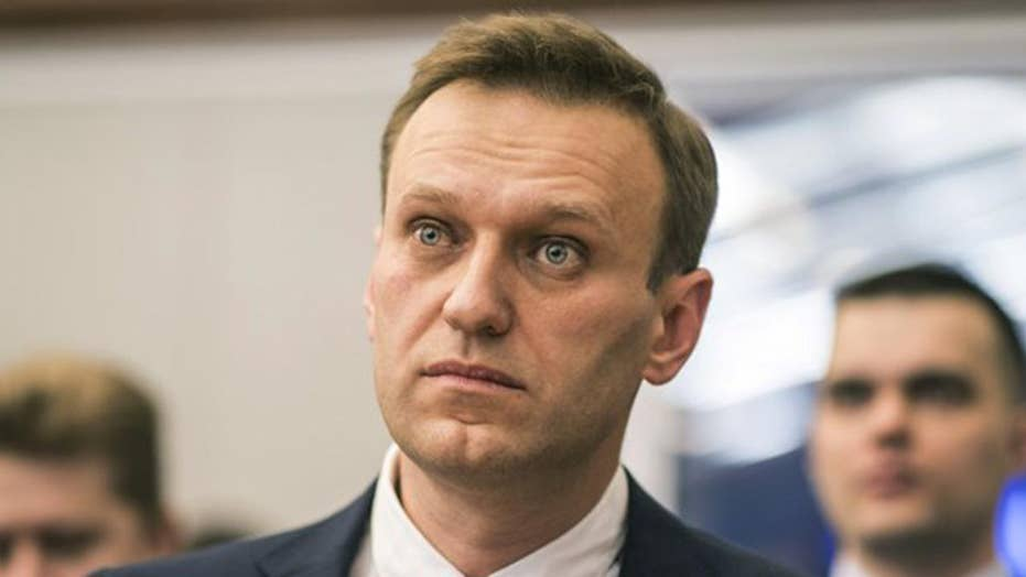 Officials ban Russian opposition leader Navalny in race