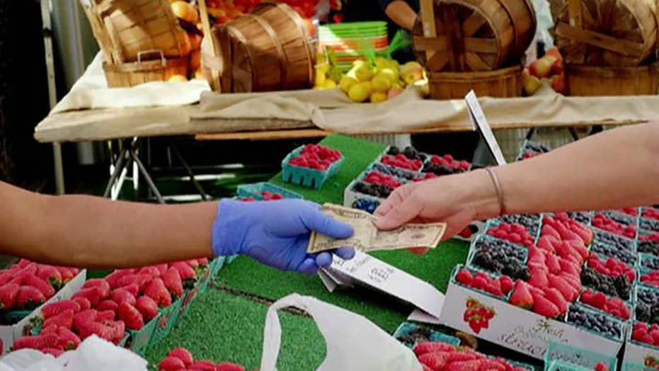 Cali. professors criticize farmers markets as 'white spaces'