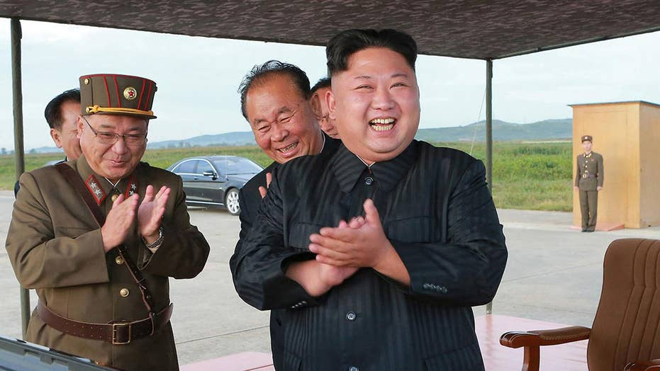 What can the US do to contain North Korea?