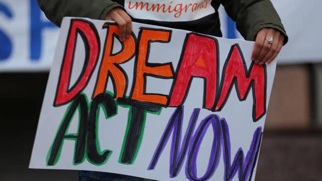 Judge blocks move to end Dreamers program