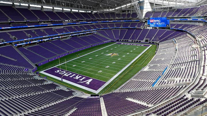 Super Bowl host city ready for smartphone surge?
