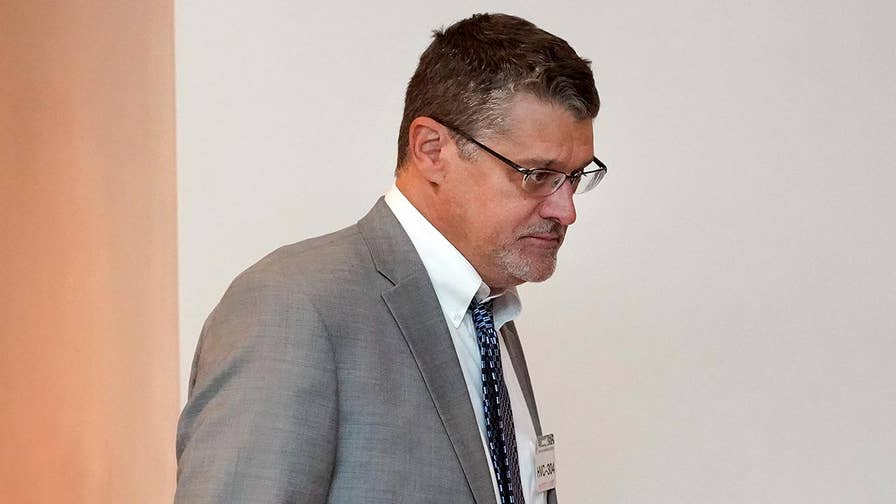 Glenn Simpson urges lawmakers to look into what he said were ties between Trump and Russian money laundering.