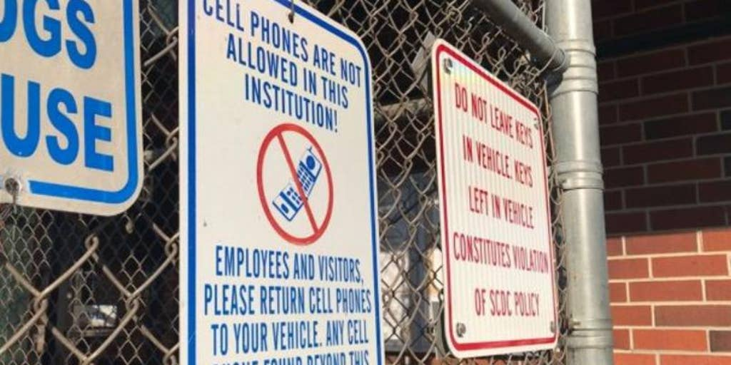Photo Federal Bureau of Prisoners Cell Phones Confiscated From Prisoners BOP